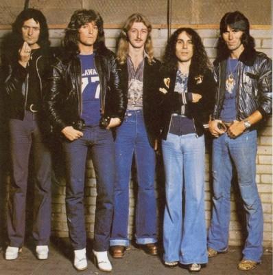 RAINBOW-Live In Munich 1977-booklet2-01